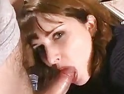 WIfey gives head