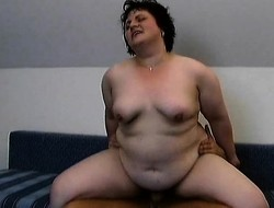 Mature plumper Peggy can't win enough be expeditious for a fixed dick banging her cunt