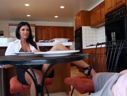Brunette India Summer helter-skelter phat butt shows retire from her blue body while getting tongue fucked by lesbian Kacy Lane