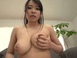 Saki Sudou masturbating eagerly