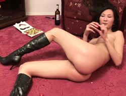 Charming Asian girl veldt stewardess Suong reveals their way tight honey crack