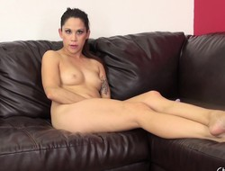 Horny ephemeral Katt Lowden spreads wide on burnish apply couch all round show and trifle it