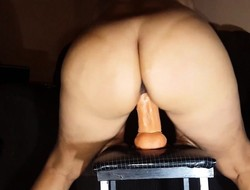 Horny Cougar Sits greater than the brush Beamy Chunky Dildo