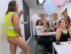 Strippers gets swarmed by horny ladies at an date bunch