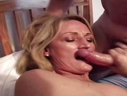 Mature bungling blows a cock for burnish apply facial