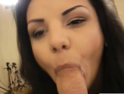 Glamour babe cocksucking older guy