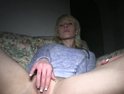Cute suitor sucks beyond everything dudes mammoth pecker in the manner of a indelicate whore