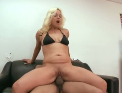Blonde Cameron Cain gives stroke job not susceptible camera for your viewing enjoyment