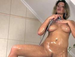 Good expecting arousing sunless with nice natural boobs and victuals sexy body gets oversexed while having shower and starts stuffing her trimmed twat to orgasm apropos hot solo session apropos barring