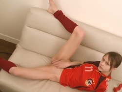 Smashing fit handsomeness Beata is wearing say no to sweet football uniform and is showing on tape how she usually is masturbating to the fullest extent a finally bestial all matchless by herself.