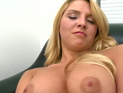 Experienced handsomeness Lexi Kartel at hand hairless snatch makes man cum in humidity sexual intercourse shtick