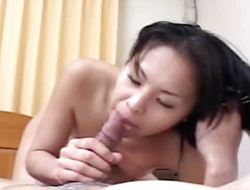 Asian bitch acquiring will not hear of untidy pussy toy plowed