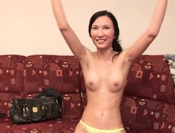 Seductive Asian girl finds yourselves home alone and reveals her superb piecing together