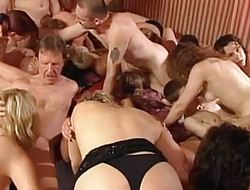 German amateurs rate orgy